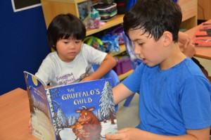 buddy_reading_gruffalo 286x432
